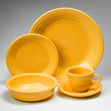 20 pc dinnerware set