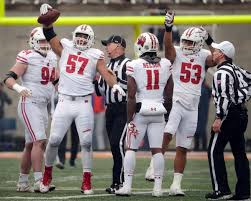 Wisconsin defense travel system images Tom oates down linemen keep wisconsin 39 s defense among nation 39 s jpg