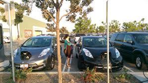 nissan leaf free charging plug in vehicle public charging etiquette cleantechnica