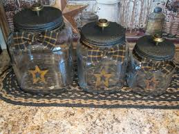 primitive kitchen canisters best 25 primitive canisters ideas on country