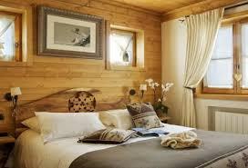 chambre style chalet deco chambre chalet montagne en verre pour salle de bains en