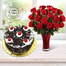 order black forest cake half kg with 6 red roses bunch online
