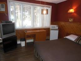 motel le paysan montreal canada booking com