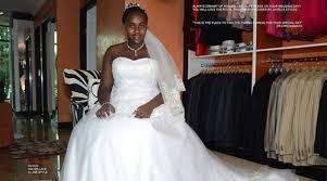 hiring wedding dresses hiring a wedding gown ellens bridal