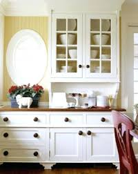 Kitchen Cabinet Display What To Display In Glass Kitchen Cabinets Faced