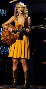 Taylor Swift Halloween Costume Ideas How To Dress Like Taylor Swift For Halloween 99 5 Wycd Detroit U0027s