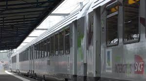 intercit de nuit siege inclinable trains de nuit la moitié des lignes fermeront le 1er octobre l