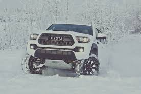 toyota motors for sale 2017 toyota tacoma reviews and rating motor trend