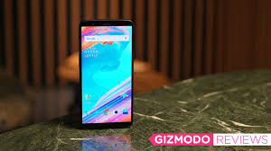 the oneplus 5t is a damn phone for a reasonable price