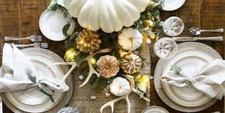 25 best thanksgiving decorations stylish thanksgiving decor ideas