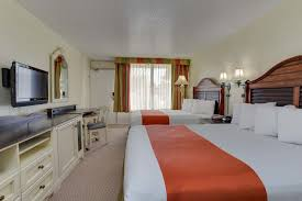 Comfort Suites Maingate East Kissimmee Fl Seralago Hotel U0026 Suites Main Gate East 2017 Room Prices Deals