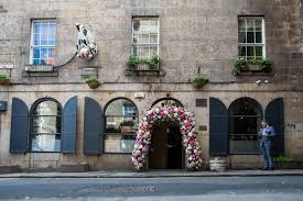 wedding arch edinburgh wedding flowers edinburgh wedding florist edinburgh classes
