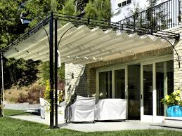 Backyard Shade Canopy by Best 20 Pergola Toile Retractable Ideas On Pinterest Pergola