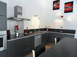 cuisine gris et noir cuisine gris et noir awesome plan de travail cuisine gris clair bois