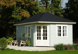 How To Build A Shed Summer House by Top Tips Painting A Timber Building