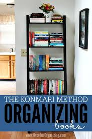 Creative Ways To Organize Your Bedroom Best 25 Organizing Books Ideas On Pinterest Decorate