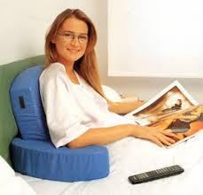 cuscino per leggere a letto cuscini per leggere a letto letto imbottito con cuscini per