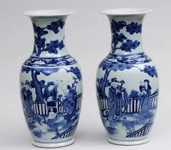 Blue And White Vase Blue And White Vase With Flowers Home Design Ideas