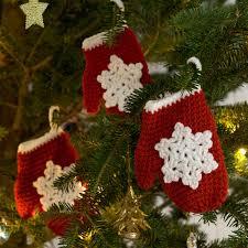 snowflake mitten ornament crochet pattern from
