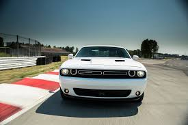 dodge challenger se vs sxt 2015 dodge challenger reviews and rating motor trend