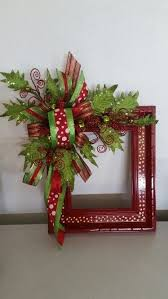 How To Decorate A Swag For Christmas Best 25 Christmas Wreaths Ideas On Pinterest Diy Christmas