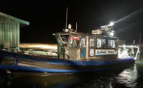 marine bureau scpd marine bureau officers rescue stranded boater in island