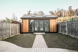 Garden Bedroom Decor Garden Room Design Exprimartdesign Com