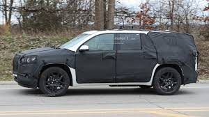 2018 chevrolet traverse redline 2018 chevy traverse teased ahead of detroit debut