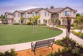 Cheap 2 Bedroom Apartments In Fresno Ca The Shires Apartments In Fresno Ca