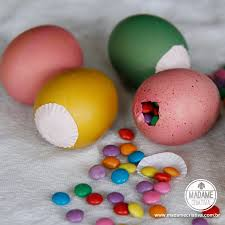 how to dye eggs shell diy tutorial bring eggs shell to boil on