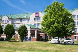 Comfort Inn Providence Rhode Island Hotel Comfort Suites West Warwick West Warwick Ri Booking Com