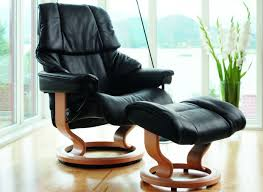 Stressless Recliner Chairs Reviews Stressless Reno Medium Recliner With Ottoman By Ekornes