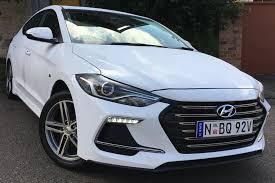 elantra hyundai hyundai elantra sr turbo manual 2017 review carsguide