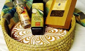 the most fresh and gluten free vegan gift basket inside