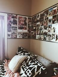 Best  Dorm Picture Walls Ideas On Pinterest Dorm Photo Walls - Cool ideas for bedroom walls