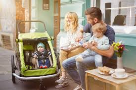 siege auto bebe a partir de quel age a quel âge transporter un enfant dans une remorque vélo