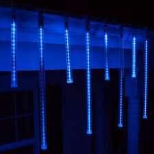 grand cascade led light blue icicle lights