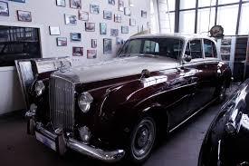 vintage cars moscow u0027s flashy vintage cars