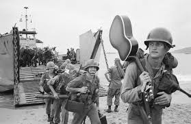 top 10 vietnam war songs