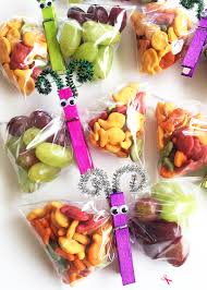 butterfly snack bags such a fun edible craft idea for kids