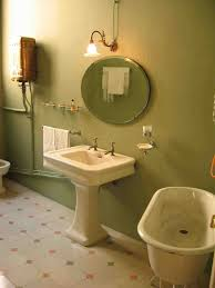 Bathroom Paint Ideas For Small Bathrooms Best 25 Green Small Bathrooms Ideas On Pinterest Attic Bathroom