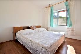middle floor apartment borova korcula house for rent