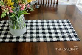 buffalo check table runner easy buffalo check table runner sewing projects sewing patterns