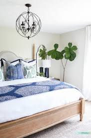 How To Decorate A Guest Bedroom - life on virginia street diy home decor travel style life
