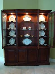 Curio Cabinets At Rooms To Go How To Display Crystal Glassware And China Home Furniture