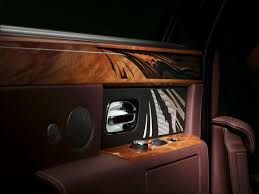 roll royce wood rolls royce bespoke travel phantom