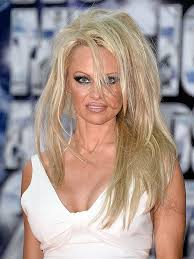 extensions for pixie cut hair pamela anderson loses pixie cut pamela anderson wears extensions