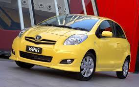 lexus recall sticky dashboard australia recalls 300 000 cars