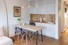 cuisine americaine appartement cuisine ouverte petit appartement rayonnage cantilever