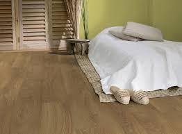 sol chambre comment aménager parfaitement votre chambre à coucher tarkett